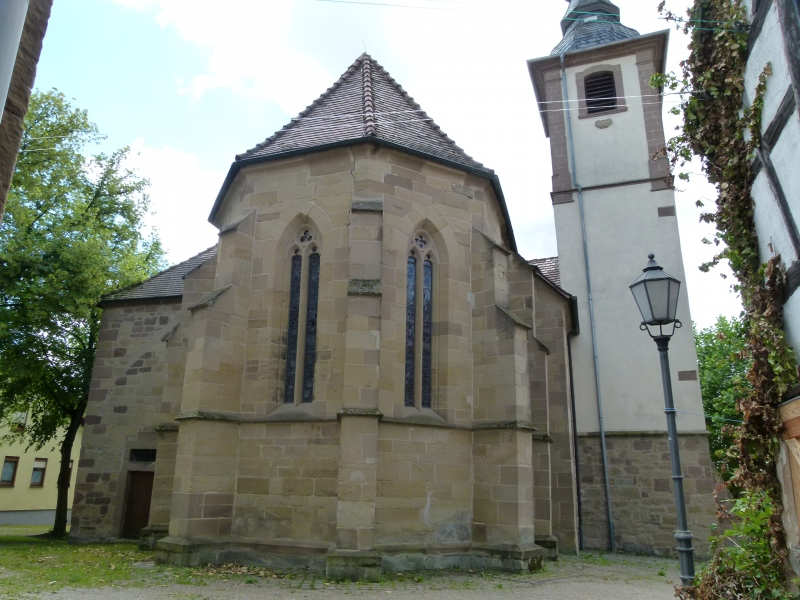 Chor und Turm der Michaelskirche Hilsbach