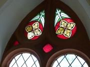 Fenster im Langhaus der Michaelskirche Hilsbach